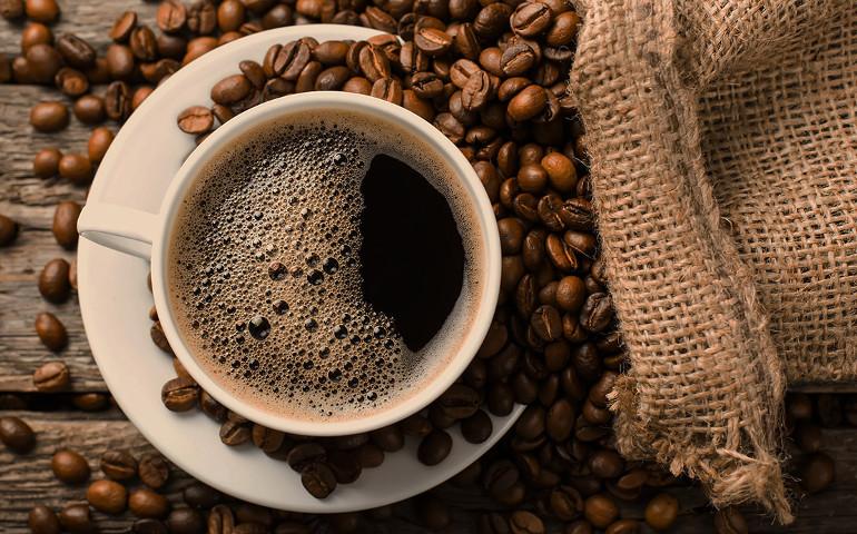 Il caffè fa davvero male?